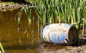 Nedgravet affald fra industri giver forurenet vand