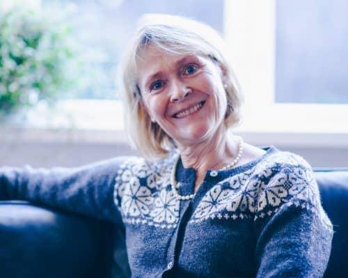 Annette Bülow bruger dagligt syrevand i privat og i sin klinik. Syrevand fremmer din skønhed og nedbringer hudproblemer